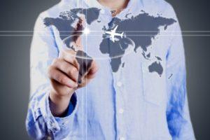 L'internazionalizzazione delle imprese italiane passa per le esportazioni; valutare i rischi di un mercato estero è il primo passo e le informazioni commerciali diventano indispensabili.