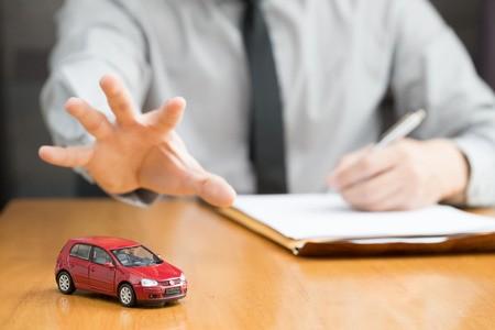 Come sapere se il debitore possiede un veicolo potenzialmente pignorabile e le informazioni utili per il creditore