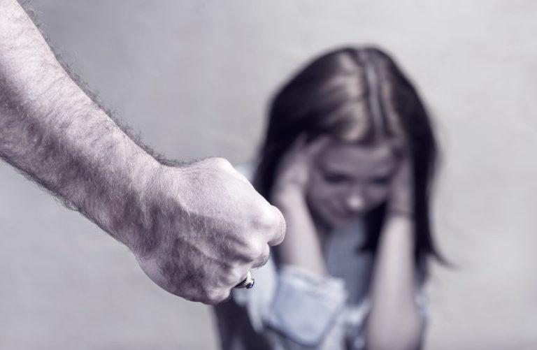 L'evoluzione legislativa dei reati connessi al genere femminile, dalla violenza domestica al femminicidio, e la situazione ai giorni nostri