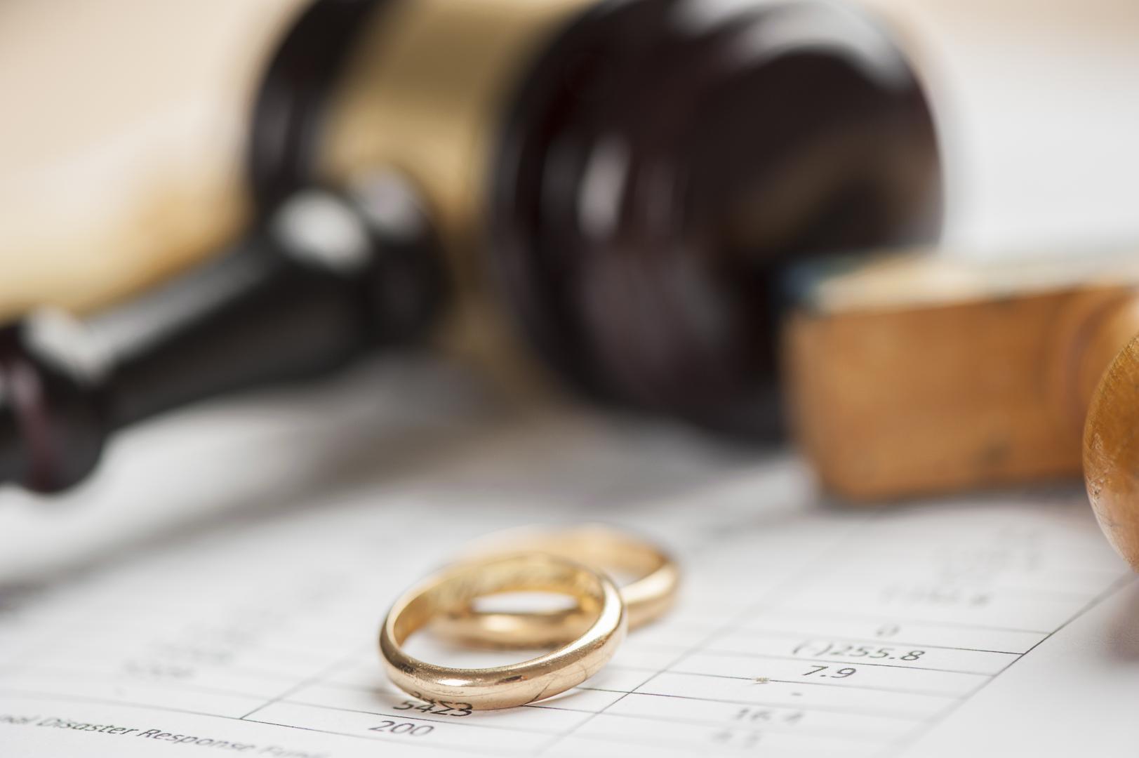 infedelta-coniugale-tradimento-marito-moglie-investigatore